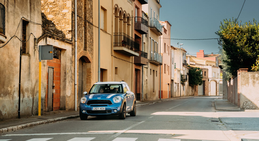 Blue Mini Cooper Countryman