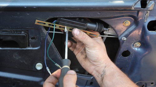 Mercedes Door Lock Repair